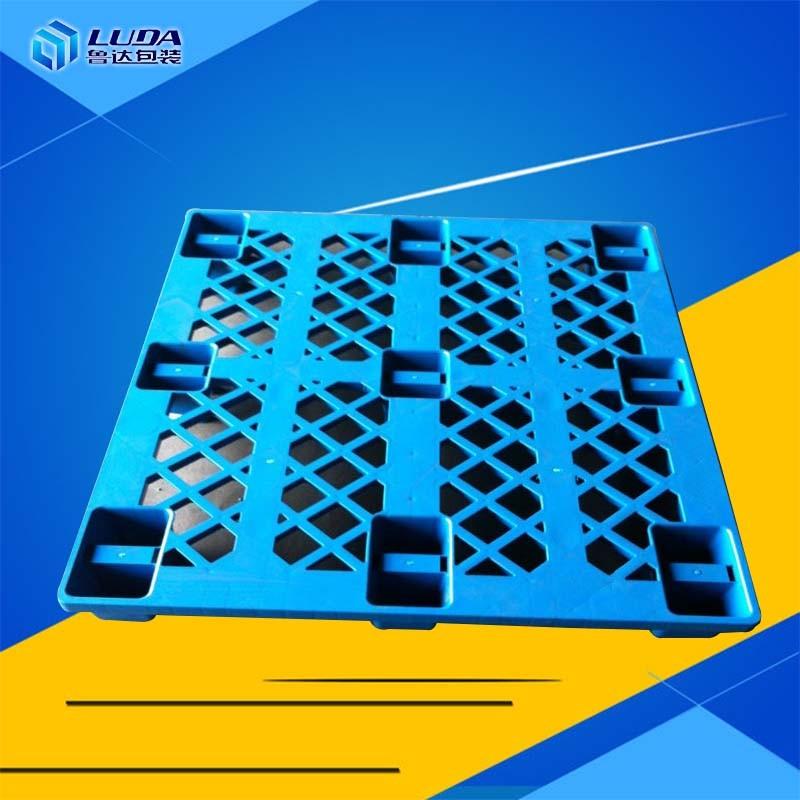 九脚塑料托盘的使用维护注意事项