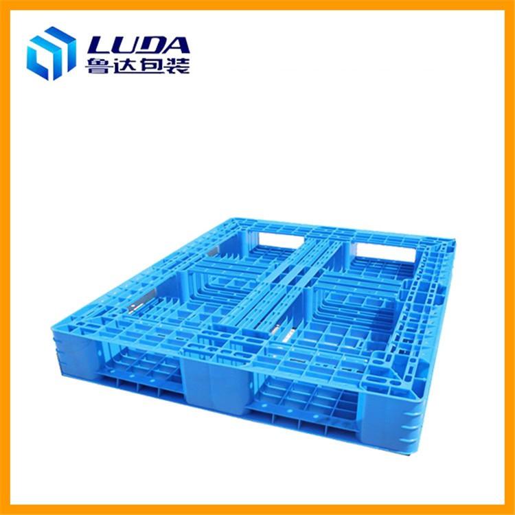 选择塑料托盘大厂家与小厂家的区别