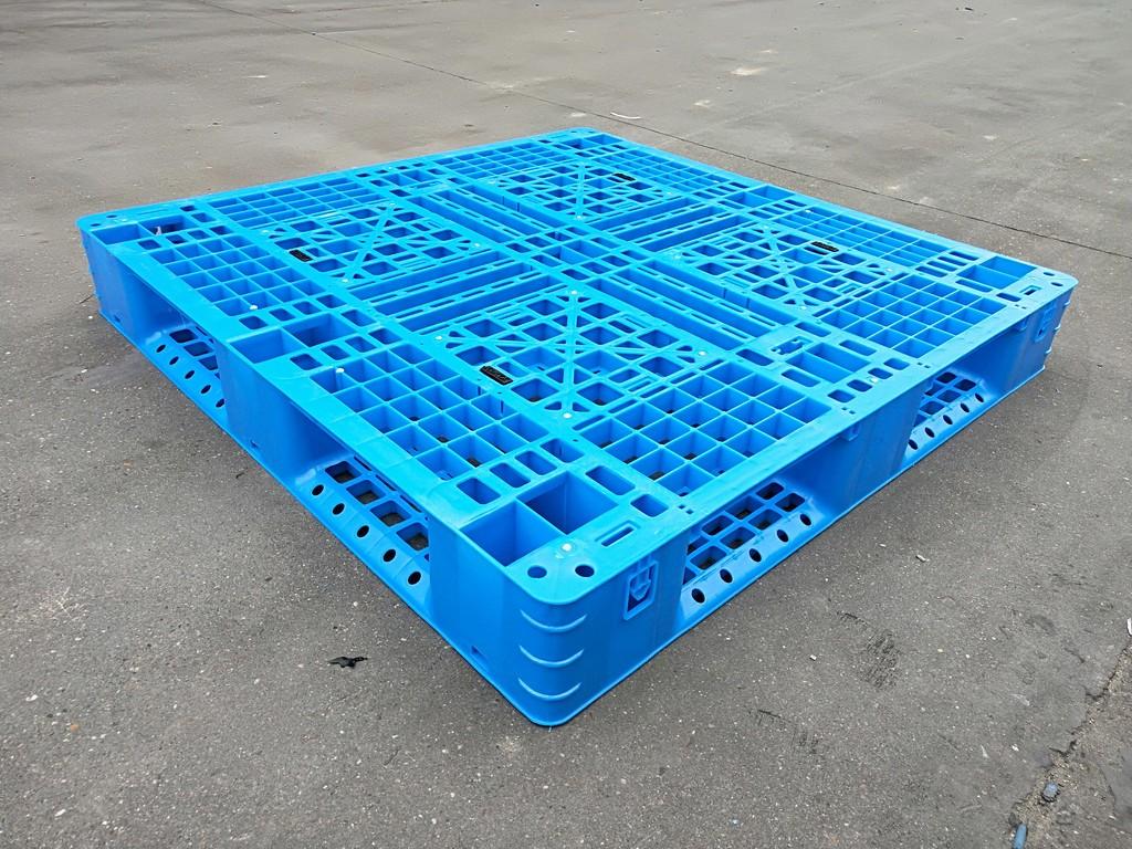 塑料托盘厂家盈利有哪些因素决定?